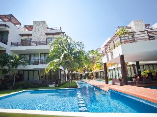 Luxury Condo on Playacar Golf Course, Caribbean Ocean Tropical