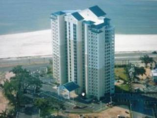Beautiful 2 Bedroom / 2 Bathroom Condo Overlooking the Gulf BV-302