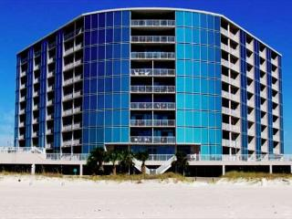 Beautiful 2 Bedroom / 2 Bathroom Condo Directly on the Beach SB-409