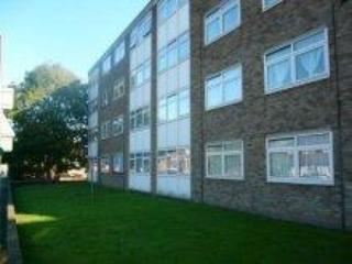 Rent in Kent - Two bedroom ground floor flat