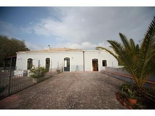 Etna countryhouse with beautiful View on the Coast