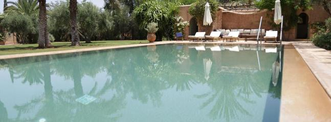 DAR TELLA 5 bedrooms Villa In the Domain El Majal of the Marrakech Palmeraie.