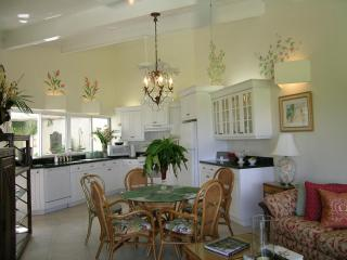 CORAL REEF-2 BR villa-Contact Owner for Discount!