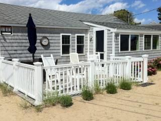 Beautifully renovated quintessential  beach cottage