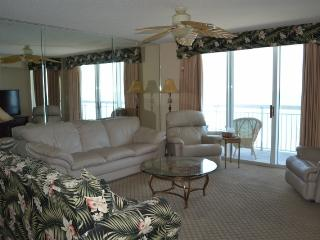 "Luxury Oceanfront Corner Unit,WiFi,52""LED TV"