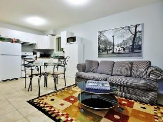 BRAND NEW!!! Vancouver/Burnaby Private 1BR Suite
