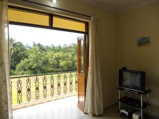 1 BHK Sunny Apartment [ UG02}-Nagoa-Calangute, Bardez, Goa- India