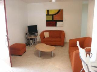 Gaviotas II, Condo 210, 4 blocks to beach, pool.