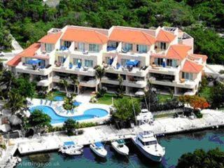 Porto Bello Marina & Villas