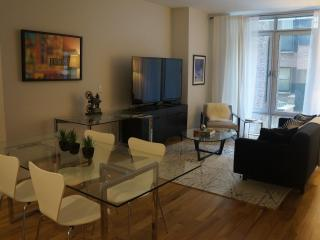 Designer-Furnished Modern 2 Bed/2 Ba + Home Office