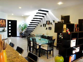 Luxury penthouse with parcial seaview, downtown Playa del Carmen