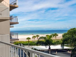 Prime Location Directly on Crescent Beach! 2BD 2BA