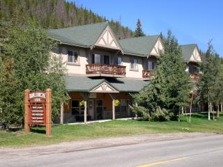 Affordable Breckenridge- Sleeps 7-8 Great Location