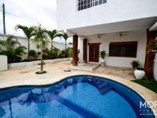 Superb downtown house in Tulum ! (With Pool)