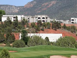 Spacious Upscale 2 BR Condos (Sleeps 8) - Ridge on Sedona Golf Resort. Perfect Sedona Location! Great Rates.
