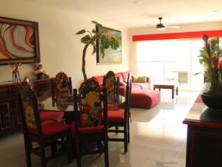 sabbia condos: apartment in the heart of playa