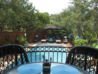 Relaxing and Peaceful Oasis in North Central Austin!