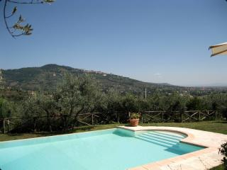 VillaStefania Old Farmhouse Great View on Cortona