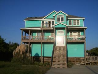 Ocean and Sound Views! Amenity-Loaded! Sleeps 18!