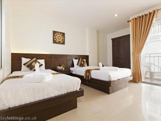 2 Bedroom Suite, shared pool