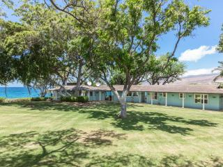 Prime Beachfront Authentic Hawaiian Home
