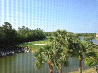 Cedar Hammock Golf & Country Club Condo