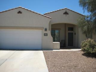 20 % off Gorgeous NW Tucson Home through 2013!