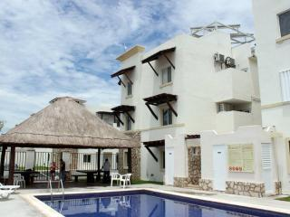 Beautiful  &  Modern Apt Playa del Carmen