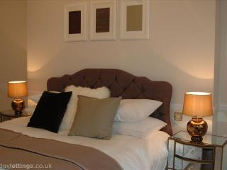 2 Luxury Rooms in Mayfair