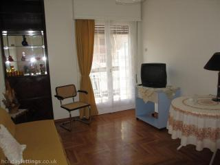Cheap apartment 53m2 in Athens