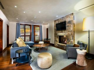 5-Star, 2br+den, 1,730-sqft Residence, Center of Vail Village at Solaris