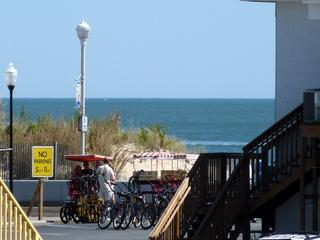 3BR OCEAN & BOARDWALK view, pool, free WiFi linens