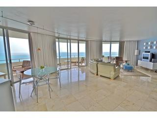 Dramatic 2 Bedroom Oceanfront Miami Vacation