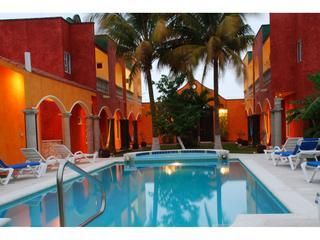 Casa Colonial; luxury villas, AC, WiFi, and more!