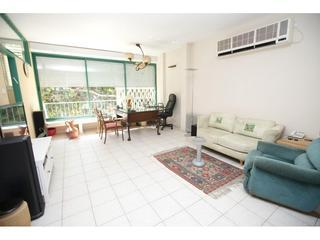 2 bedroom apartment in the center of Tel Aviv
