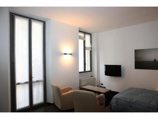Studio Apartment in Corso Venezia