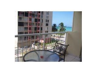 Ocean View Studio  W/ Beach Acess in Isla Verde