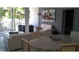 South Beach Stylish 3 BR Museum Terrace W/Pool