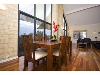 Swan View Luxury House, Ardross