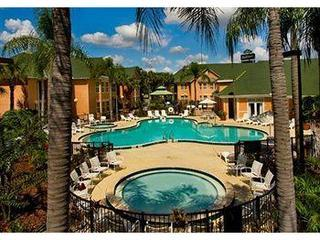 One bedroom Suite in Resort 1.5 Miles from Disney