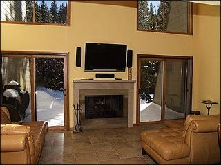 3 bed, 3 bath plus loft in Vail, Colorado