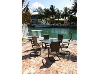 Great Summer Rental! 400 4th St. Key Colony Beach