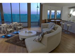 Luxury Beachfront Santa Monica Townhome