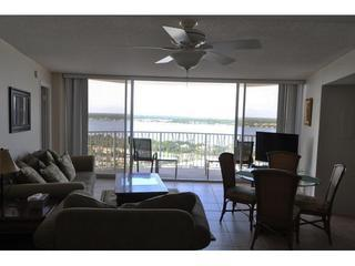 """ Spectacular Panoramic Oceanfront""~ 11th floor"