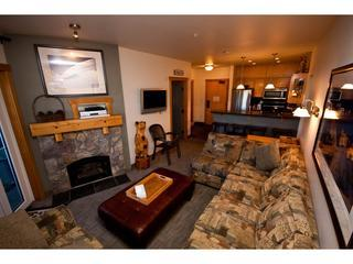 Luxury Ski in Ski out 3 Bd Juniper Springs Lodge