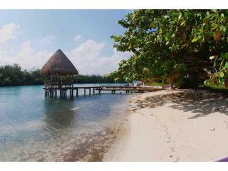 Charming little Villa in Lagoons Mangrove Canals
