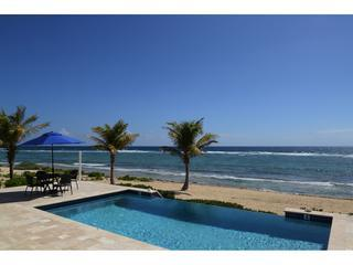 Luxury Beachfront Villa w/ Pool 4BR In Harmony