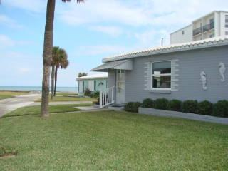Oceanfront Pet-friendly Cottage