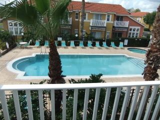 Luxury 3 Bed House on gated Resort close to Disney