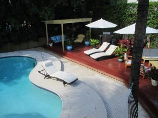 Gorgeous 3BR/3BA Home - Amazing South Beach Location - Sleeps 11